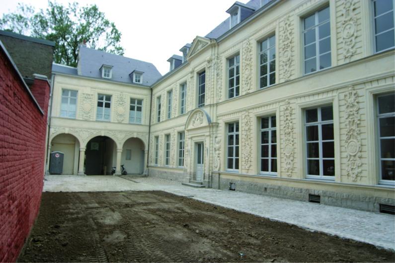 Logements desfontaine de fresnoy hotel particulier 7 logements valencienn - Hotel particulier lille ...