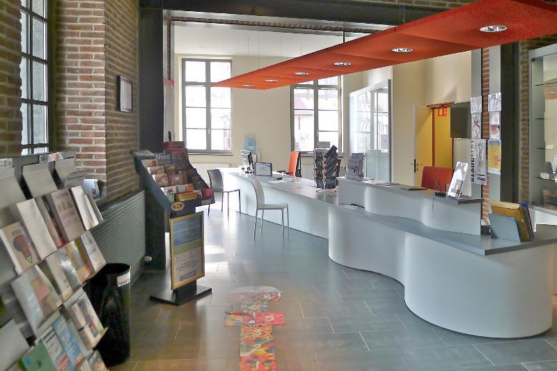 Equipements publics office du tourisme bureaux conde sur escaut architecture equipements - Office du tourisme recrutement ...